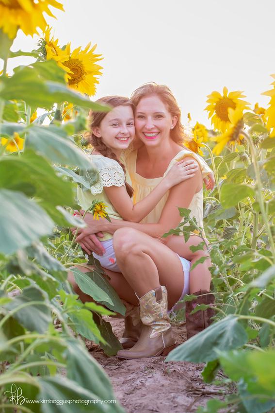 Family photography McAllen Texas, Children's photographer, kids, Sunflower field McCook,Texas, picture, photos, photographs, images, pics